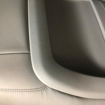 Réparation siège brûlé